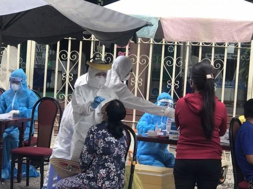 Cần Thơ: Sàng lọc trọng điểm 3.000 người dân liên quan ổ dịch ở chợ Tân An