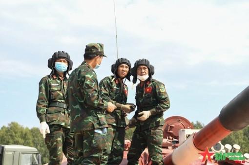 Đội tăng Việt Nam hoàn thành tốt nhiệm vụ trong trận đầu Army Games