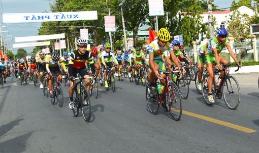 Châu Phú phát triển xe đạp phong trào